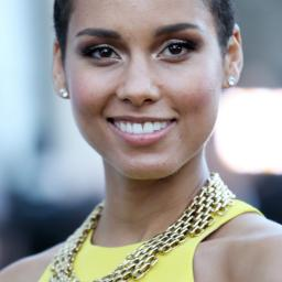 Givenchy onthult parfumcampagne met Alicia Keys