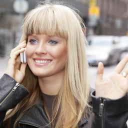 'Meer dan de helft van de jongeren verslaafd aan mobieltje'