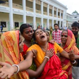 'Modeketens moeten betalen voor textielramp Bangladesh'