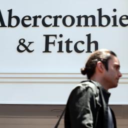 Abercrombie & Fitch schaft logo's af