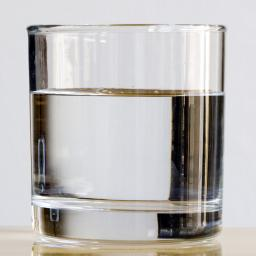 'Eén op de drie Nederlanders drinkt te weinig water'