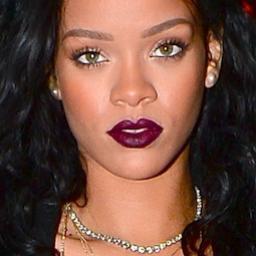 Rihanna registreert achternaam als merk