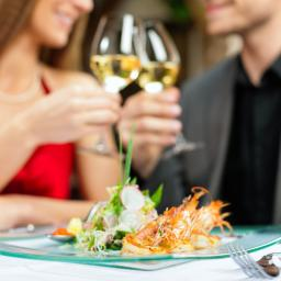 'Smakken grootste ergernis onder vrijgezellen tijdens afspraakje'