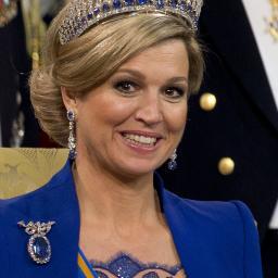 Vanity Fair looft koningin Máxima om kledingstijl