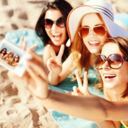 Verboden selfies te maken op Frans strand